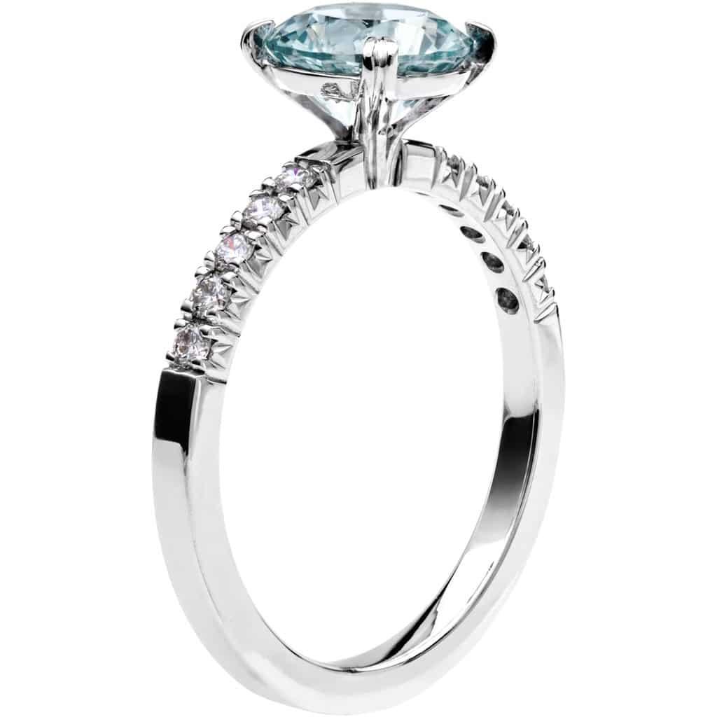 Ring från Schalins Fairytale 4/ Akvamarin 7,5 mm/ diamanter 0,20 ct i 18k vitguld