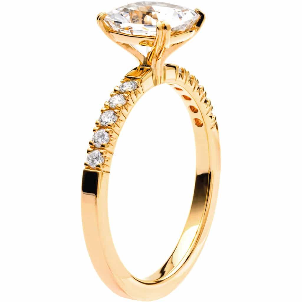 Ring från Schalins Fairytale 6/ Snövit Beryll 7,5 mm/ diamanter 0,20 ct i 18k guld