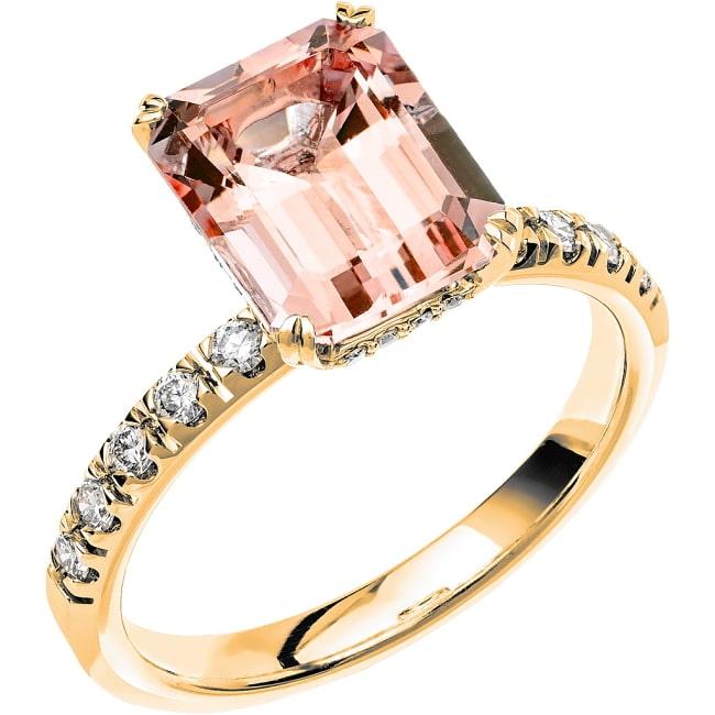 Ring från Schalins Fairytale 14/ Morganit 10x8 mm/ diamanter 0,30 ct i 18k guld