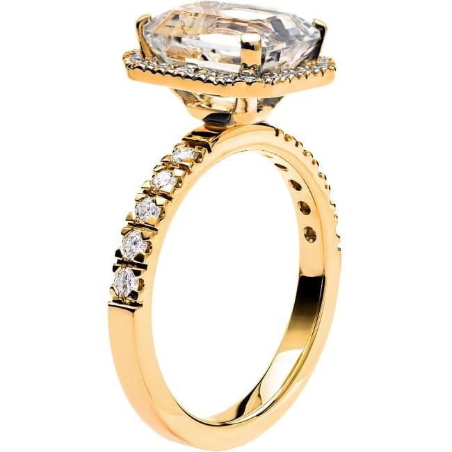 Ring från Schalins Fairytale 8/ Snövit Beryll 10x8 mm/ diamanter 0,47 ct i 18k guld