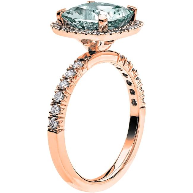 Ring från Schalins Fairytale 12/ Akvamarin 9 mm/ diamanter 0,48 ct i 18k roseguld