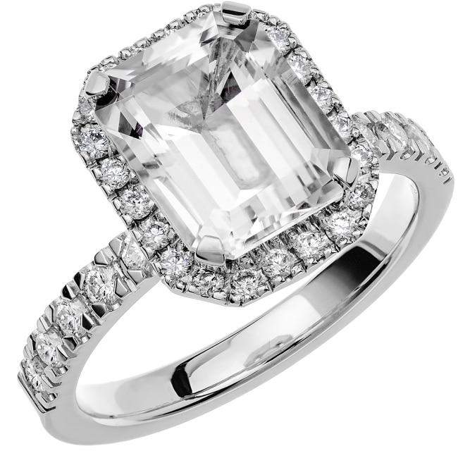 Ring från Schalins Fairytale 8/ Snövit Beryll 10x8 mm/ diamanter 0,47 ct i 18k vitguld