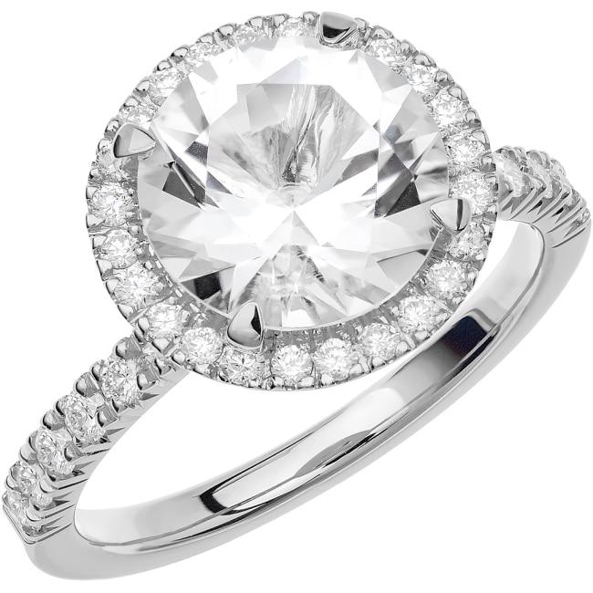 Schalins Ring i 18k vitguld med en briljantslipad Akvamarin sten 9,5 mm , 24st briljantslipade diamanter
