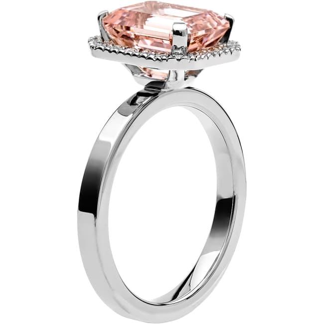 Ring från Schalins Fairytale 7/ Morganit 10x8 mm/ diamanter 0,22 ct i 18k vitguld